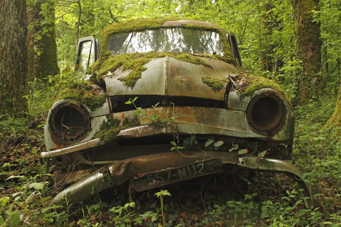Simca, Rust in peace, rusting car wreck, wreck, wrecks, rust ...